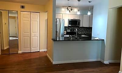 Kitchen, 5809 Royal Ridge Dr 1, 0