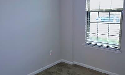 Bedroom, 124 S Oldham St, 1