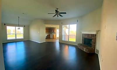 Living Room, 420 McMurtry Dr, 1