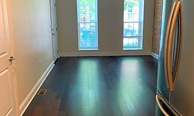 Living Room, 32 N Chester St, 1