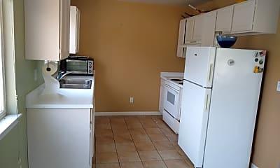Kitchen, 2550 S 900 E, 1