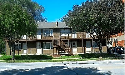 Building, 1000 Brush Creek Blvd, 2