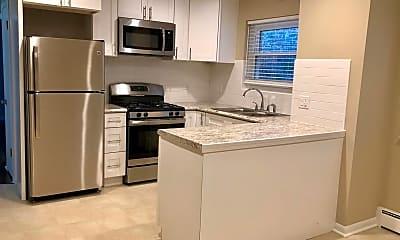 Kitchen, 1028 N Austin Blvd, 1