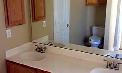 Bathroom, 718 Grandview Ave, 2