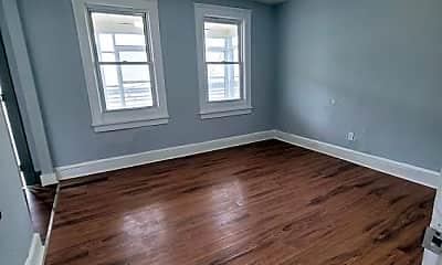 Living Room, 130 4th St, 1