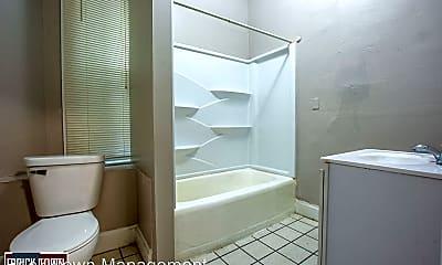 Bathroom, 3809 S 24th St, 2