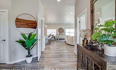 Living Room, Knudsen Avenue & Texas Loop, 1