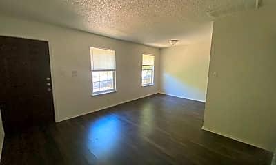 Living Room, 3427 Willowrun Dr, 1