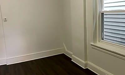 Bedroom, 619 King St, 2