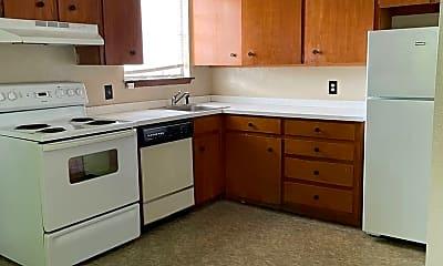 Kitchen, 1011 S Jefferson St, 1