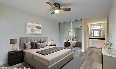 Living Room, 725 Cowper St, 1