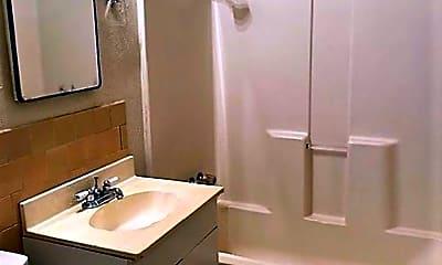 Bathroom, 609 Parsons Dr, 2