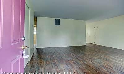Living Room, 802 Maplepark Dr, 1