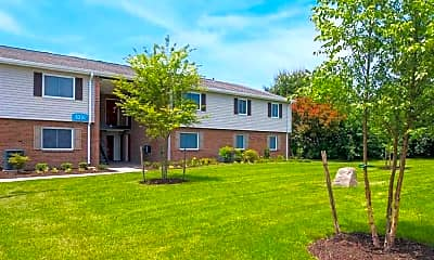 Landscaping, Thrive Apartment Homes, 2