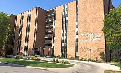 Mahoney Manor Apartments, 1