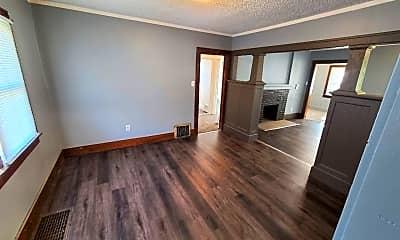 Living Room, 116 Kern St, 1