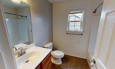 Bathroom, 33 Mallard Run Drive, 2