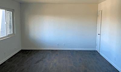 Living Room, 2150 Monroe St, 1