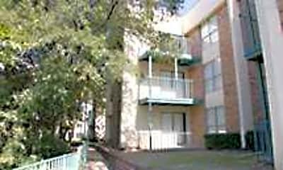 Hyde Park Condominiums, 1