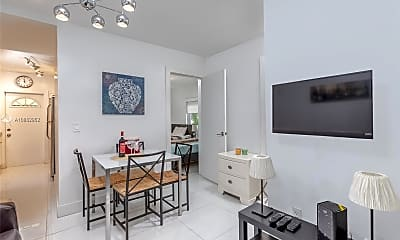 Dining Room, 1135 Euclid Ave 101, 1