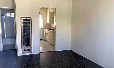 Bathroom, 14768 Ryon Ave, 2