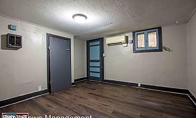 Kitchen, 1526 S 29th St, 1