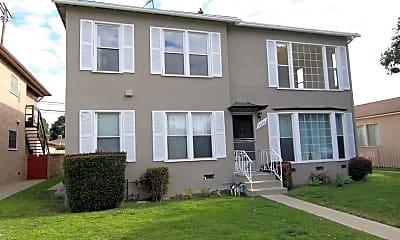 Building, 2624 S Barrington Ave, 1
