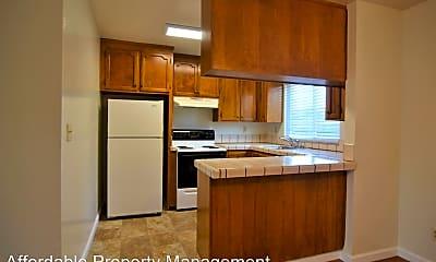 Kitchen, 37040 Mulberry St, 1