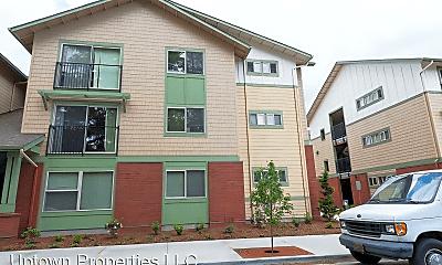 Building, 4775 SW Franklin Ave, 2