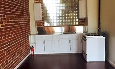 Kitchen, 946 Daisy Ave, 2