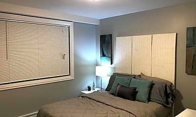 Bedroom, 3940 N Narragansett Ave 3N, 2