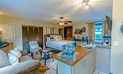 Living Room, 600 Oakridge Blvd, 1