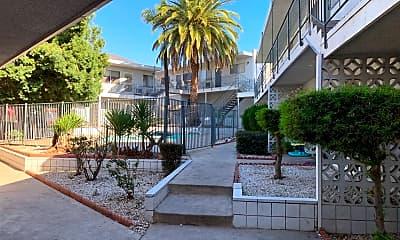 Building, 4744 N Sierra Way, 2
