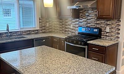 Kitchen, 424 Ferry Street, 1