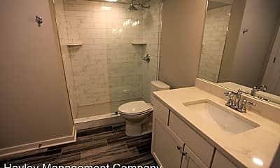 Bathroom, 835 N Gay St, 2
