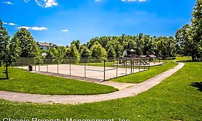 Playground, 802 Stratford Way, 2