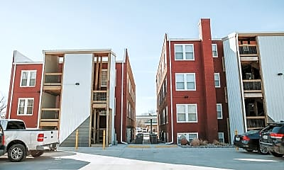 Building, 1111 E Iron Ave, 1