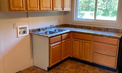 Kitchen, 5435 Lantana Ave, 1