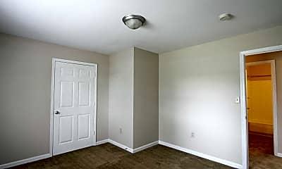 Bedroom, Foxcroft I Apartments, 2