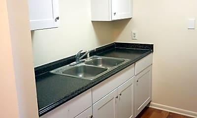 Kitchen, 300 Edgewood Dr, 0