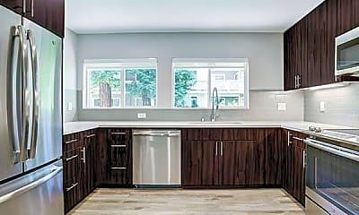 Kitchen, The Biltmore Apartments, 2