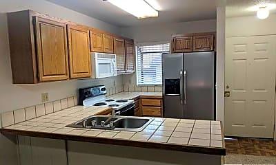 Kitchen, 2939 Tierra Verde E, 1