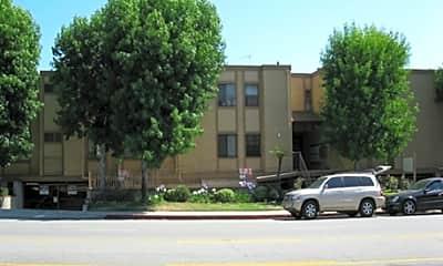 1500 E Wilson Ave, 1
