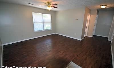 Living Room, 103 Hagerman Ct, 2