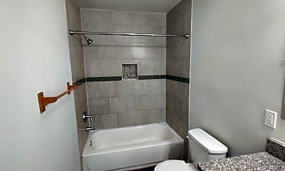 Bathroom, 1487 Woodfern Dr, 2