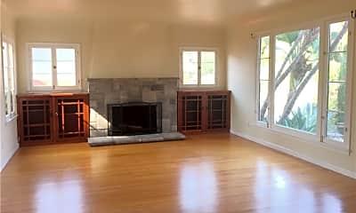 Living Room, 653 Grand Ave, 1