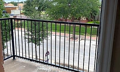 Patio / Deck, 2112 Main St, 2