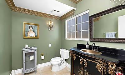 Bathroom, 5080 Arundel Dr, 2