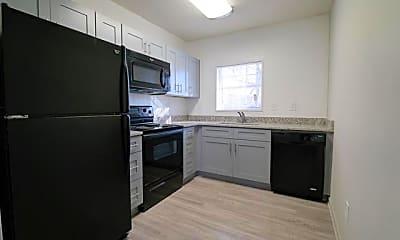 Kitchen, 1462 Memorial Dr SE Unit #2, 1