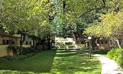 Adrienne Village, 1